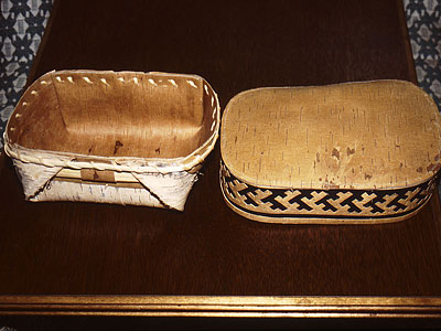 Simple birchbark Lid for Ornamented boxes